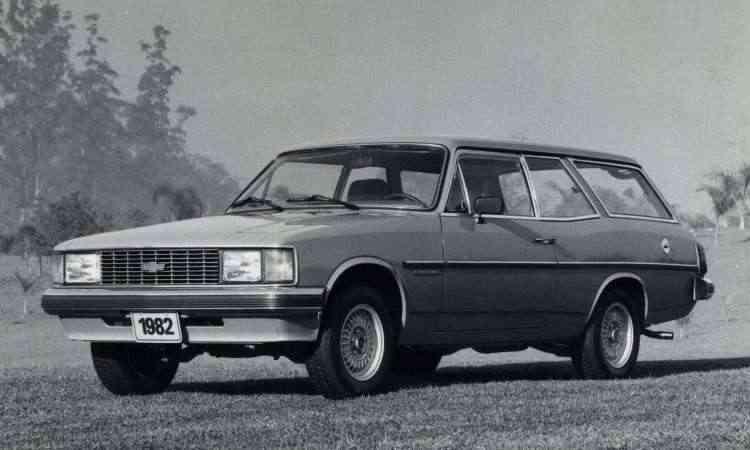 Perua Comodoro 1982 traz as novas linhas, lançadas em 1980 - Chevrolet/Divulgação