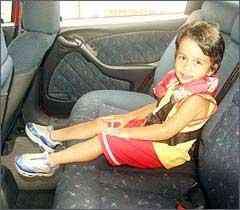 Crianças de 4 a 7,5 anos devem usar assento de elevação - Eduardo Rocha/RR - 20/1/04