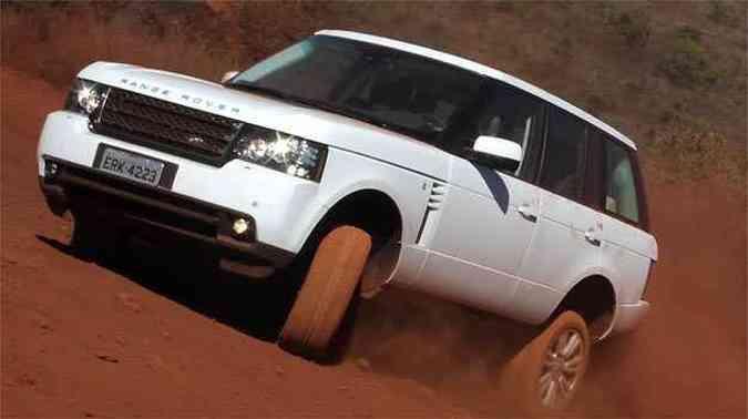 Jipão só não se sai melhor no fora de estrada porque pneus não são apropriados