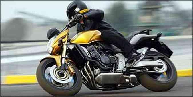 Motor foi herdado da superesportiva CBR 600 RR 2007(foto: Honda/Divulgação)
