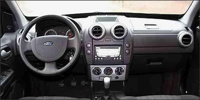 A posição elevada de dirigir transmite segurança, mesmo que psicológica(foto: Marlos Ney Vidal/EM/D.A Press - 16/12/2008 )