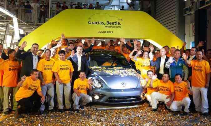 Terceira geração do Beetle se despede da linha de montagem de Puebla(foto: Juan Carlos Sanchez)