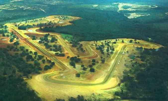 O circuito tem sentido anti-horário e 4.200m de extensão(foto: Yes Sports/Divulgação)