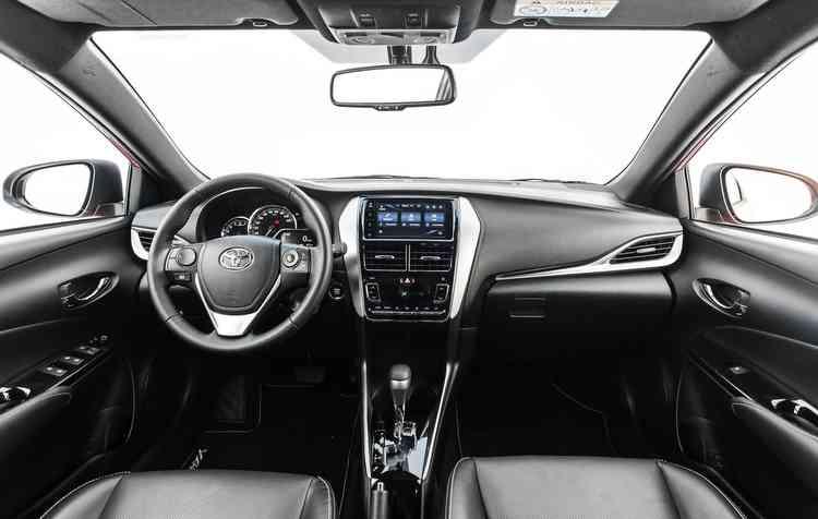Interior é uma mistura entre o clássico e o jovial. Foto: Toyota / Divulgação -