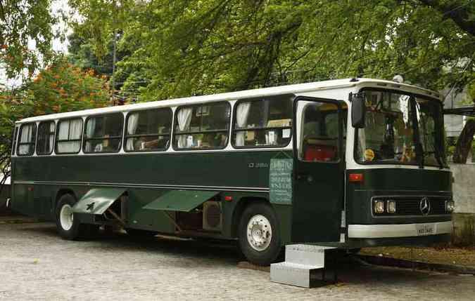 Programa imperdível para saudosistas e amantes do café. O ônibus fica no Museu do Estado (foto: Rafael Martins/DP)