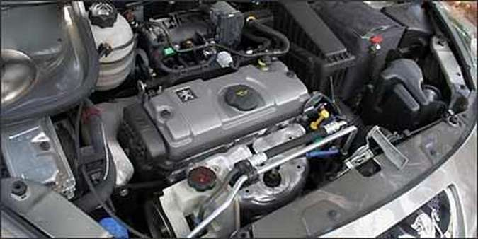 Motor 1.4 não é a melhor opção para a station que pesa 1.113 kg(foto: Fotos: Marlos Ney Vidal/EM/D.A Press - 03/08/2009 )