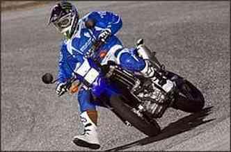 Apresentada como protótipo, virou moto de série rapidamente(foto: Yamaha/Divulgação)