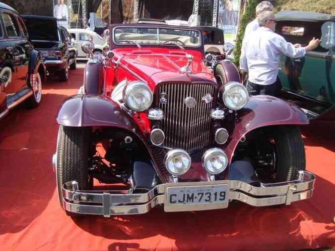 Encontro de veículos antigos em ItabiritoJorge Filho/ Clube de Veículos Antigos de Nova Lima