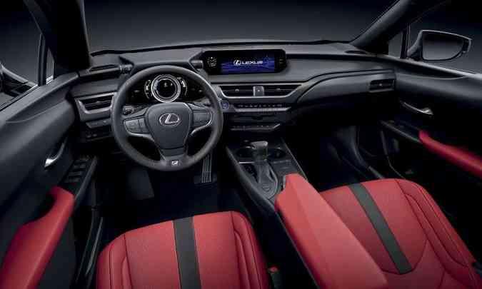 De acordo com a versão, é possível combinar cores do interior, como este Granada/Preto(foto: Lexus/Divulgação)
