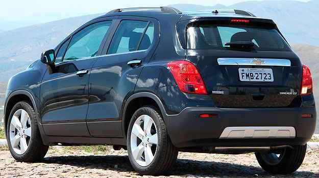O Chevrolet Tracker tem a traseira limpa, com aplique imitando metal - Marlos Ney Vidal/EM/D.A Press