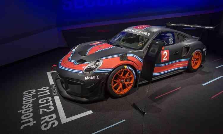 O Porsche GT2 RS Clubsport tem motor turbo de 700cv de potência - FREDERIC J. BROWN/AFP