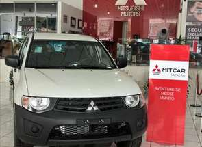 Mitsubishi L200 Triton 3.2 Gl 4x4 CD 16v Turbo Intercoler em Belo Horizonte, MG valor de R$ 105.990,00 no Vrum