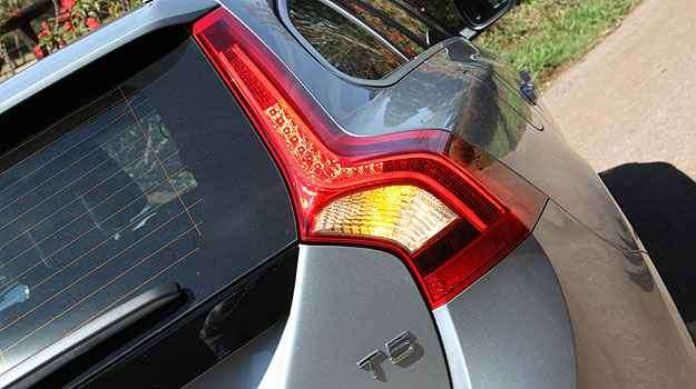 Clique aqui e veja mais fotos do Volvo V60 T5 R-Design Dynamic - Marlos Ney Vidal/EM/D.A Press