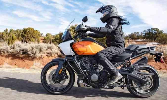 As suspensões da versão Special são eletrônicas semiativas(foto: Harley-Davidson/Divulgação)