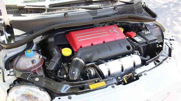 Com cobertura vermelha, motor 1.4 gera 135cv de potência - Marlos Ney Vidal/EM/DA Press