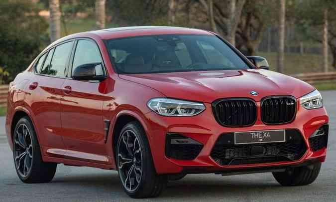 BMW X4 M tem a versão M40 e M Competition(foto: Rodrigo Ruiz/BMW/Divulgação)