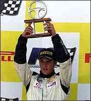 Depois de quatro provas, Clemente Jr. lidera a Fórmula 3 Sul-Americana com 28 pontos - Fábio Oliveira