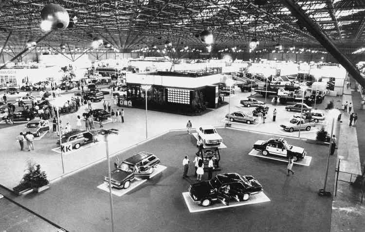 Primeira edição do evento aconteceu em 1960 e reuniu doze montadoras no pavilhão da indústria do Ibirapuera. Foto: dominiopublico.gov.br/Reproducao -