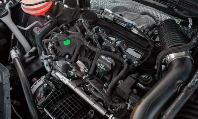 O motor três-cilindros 1.0 turbo desenvolve 116cv e torque máximo de 16,8kgfm(foto: Chevrolet/Divulgação)