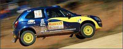 Celta tem amortecedores de competição, rodas e pneus especiais  -
