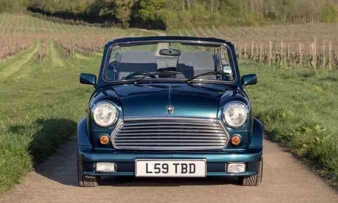 Ao todo, até 1996, foram produzidos 1.081 exemplares do cabriolet, que acabaram se tornando raridade(foto: Mini/Divulgação)