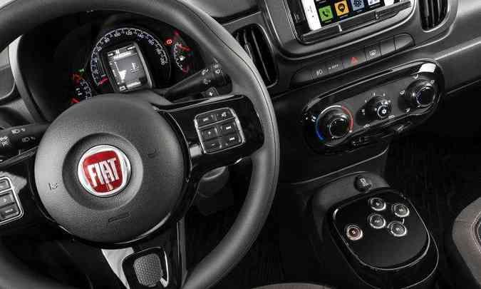 Câmbio GSR no Fiat Mobi é comandado por botões(foto: Fiat/Divulgação)