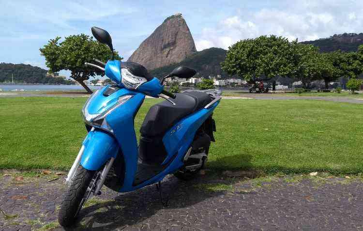 SH 150i vai ser vendido em versão única com freios ABS, custando R$ 12.450 - Wagner Souza/Divulgação