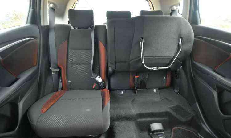 ...mas os assentos e encostos podem ser dobrados, possibilitando diferentes configurações - Jair Amaral/EM/D.A Press