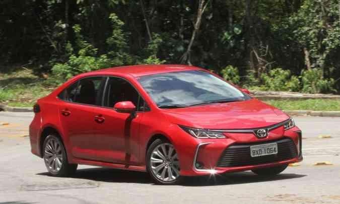 Mesmo com a chegada da segunda geração, Toyota Corolla não vendeu tanto quanto em 2018(foto: Jair Amaral/EM/D.A Press)