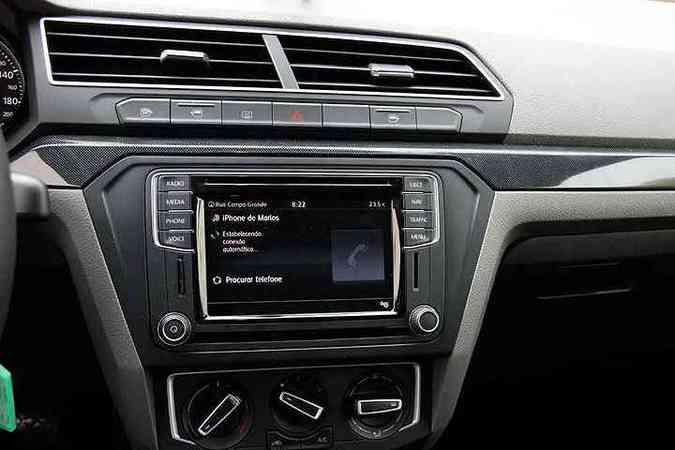 Sistema multimídia com tela de 6,3 polegadas e comando de voz(foto: Marlos Ney Vidal/EM/D.A Press)