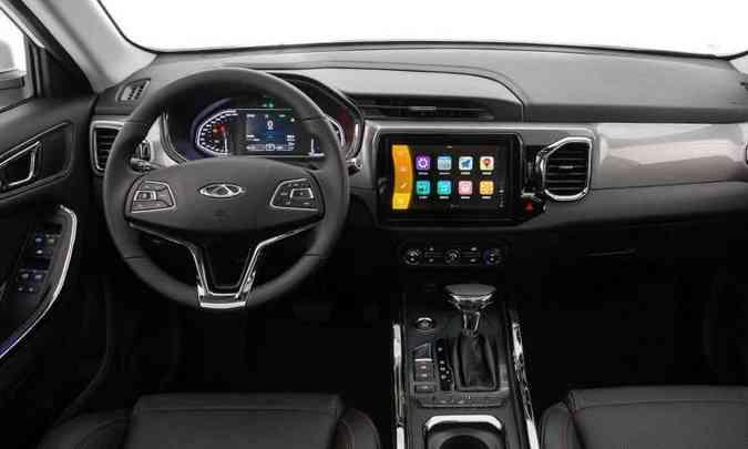 A central multimídia tem tela tátil de nove polegadas, com Apple CarPlay e Android Auto(foto: Caoa Chery/Divulgação)