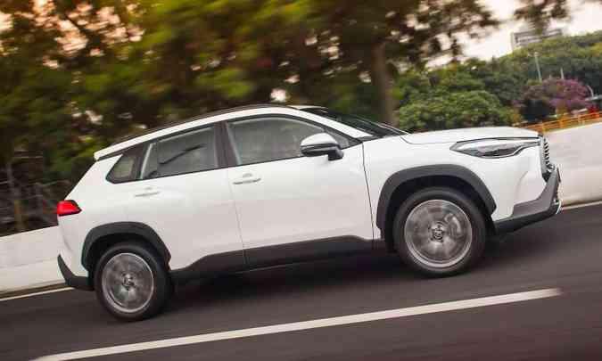 O Toyota Corolla Cross tem prazo menor para entrega, mas não está livre de ágio(foto: Toyota/Divulgação)