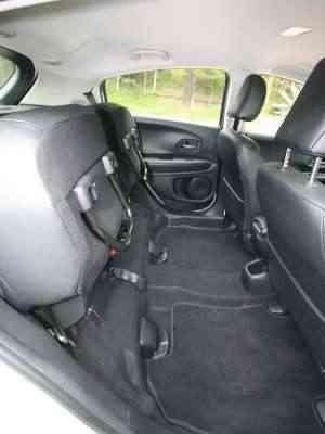 A versatilidade dos bancos permite diferentes configurações no interior do SUV - Edésio Ferreira/EM/D.A Press