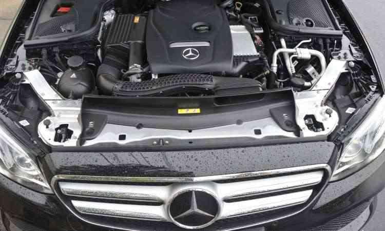 Motor 2.0 com turbocompressor garante bom desempenho ao sedã - Juarez Rodrigues/EM/D.A Press