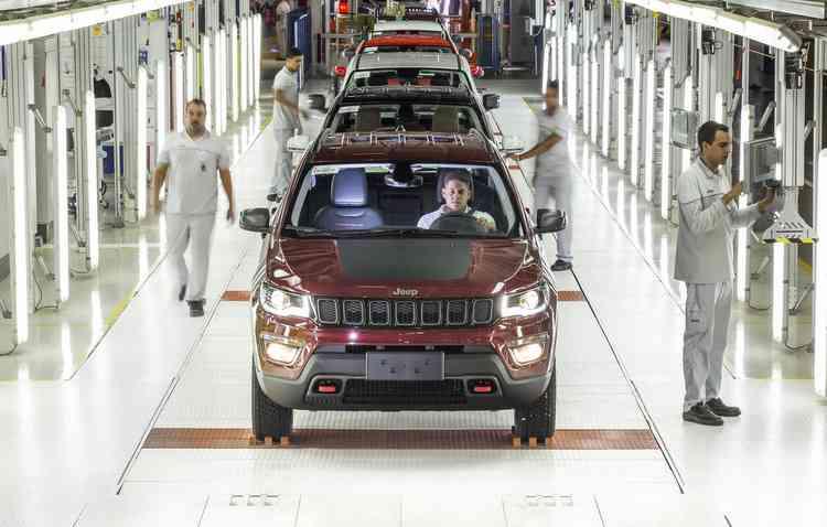 Presidente da Anfavea afirmou que a paralisação da produção de veículos irá afetar de forma direta na arrecadação de recursos para o país. Foto: Léo Lara / Divulgação -