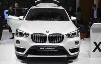 O BMW X1 agora está mais alto, garantindo presença poderosa(foto: Newspress / Divulgação)