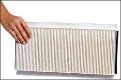 Filtro de cabine deixa limpo o ar que entra e deve ser substituído a cada ano - Fram/Divulgação