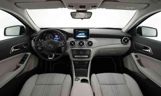 No interior não foram feitas modificações significativas, mas o padrão de qualidade foi mantido(foto: Malagrine Estúdio/Mercedes-Benz/Divulgação)