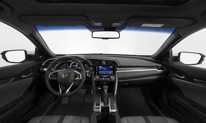 No interior, todas as versões passam a trazer revestimento do console central e painéis de porta em couro(foto: Honda/Divulgação)