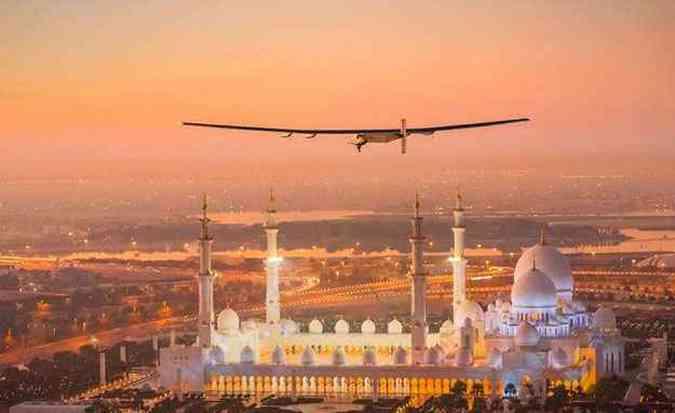 Avião tentará dar a volta ao mundo sem usar gasolina ou diesel(foto: Solar Impulse/Divulgação)