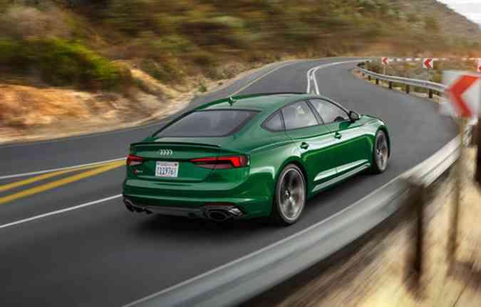 Motor disponível é um 2.9 de 444 cv e 600 Nm de torque. Foto: Audi / Divulgação