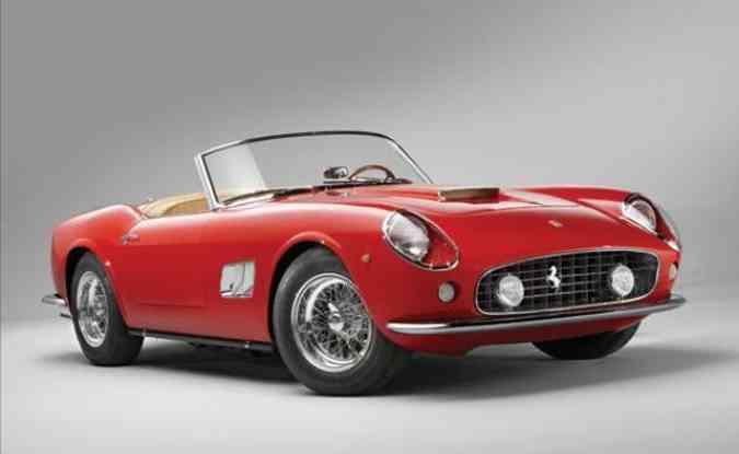 Ferrari 250 GT Spyder California, modelo igual ao que aparece no filme