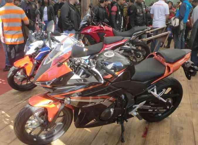 A Honda apresentou em primeira mão a nova família CB 500(foto: Fred Mancini/Bike Fest/Divulgação)