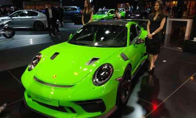 Para comemorar seus 70 anos, a Porsche traz para o Brasil o 911 GT3 RS(foto: Pedro Cerqueira/EM/D.A Press)
