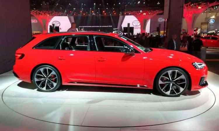 E para quem ainda curte as peruas, a Audi mostra a RS4 Avant - Pedro Cerqueira/EM/D.A Press