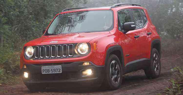 Dependendo da maneira de dirigir, o motorista pode achar o carro um tanto quanto lento - Marlos Ney Vidal/EM/D.A Press