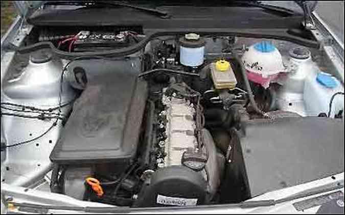 Motor 1.0 mantém a velha disposição longitudinal, abandonada no Gol GV