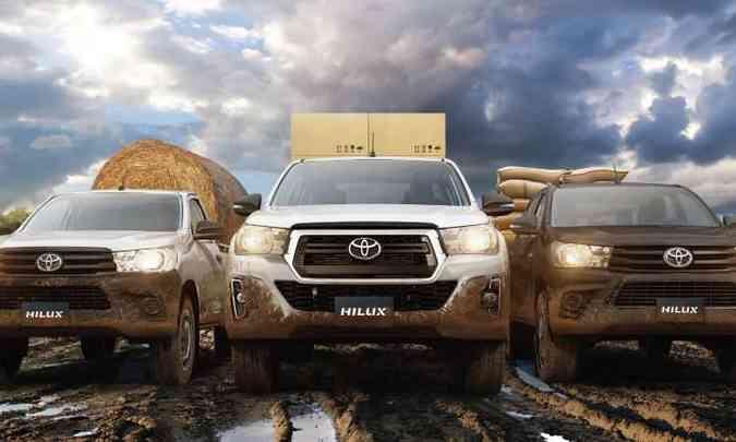 Novo design contempla apenas as versões SRX, SRV e SR; veículos focados no trabalho, como a cabine simples, chassi e STD, mantém as linhas antigas(foto: Toyota/Divulgação)