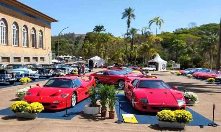 Ferrari F50 (esq.) e F40 - Pedro Cerqueira/EM/D.A Press