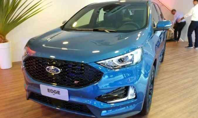 O Ford Edge ST é equipado com motor V6 de 340cv e chegará ao mercado logo após o Salão(foto: Pedro Cerqueira/EM/D.A Press)